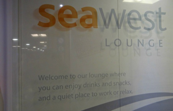 SeaWest Lounge - Quiet Place to Work or relax ( Ferry to Victoria )