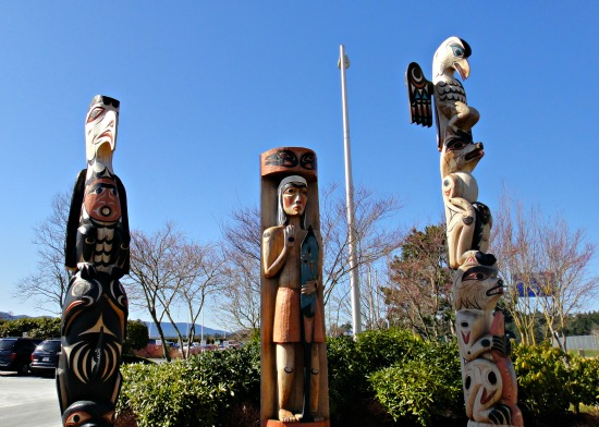 victoria Airport Art - Totems